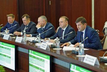 На «Инвестчасе» обсудили ход строительства животноводческого комплекса «Семёно-Макарово»