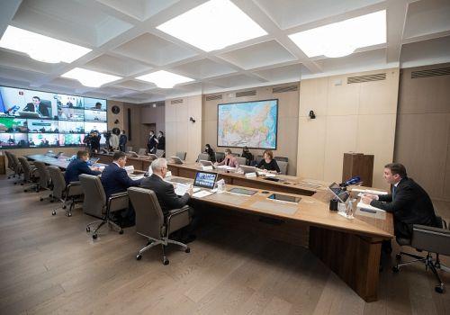 В Минсельхозе РФ обсудили с участниками рынка вопросы стабилизации цен на базовые продукты и вакцинации работников АПК