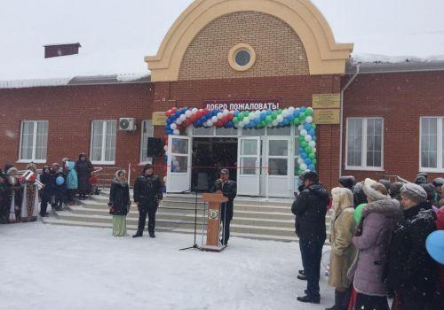 В Краснокамском районе открылся общественный центр с клубом, библиотекой и ФАПом